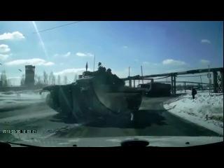 #026 Подборка ЧП и ДТП 2013г. Видеорегистратор авария танк на дороге как в форсаж 6